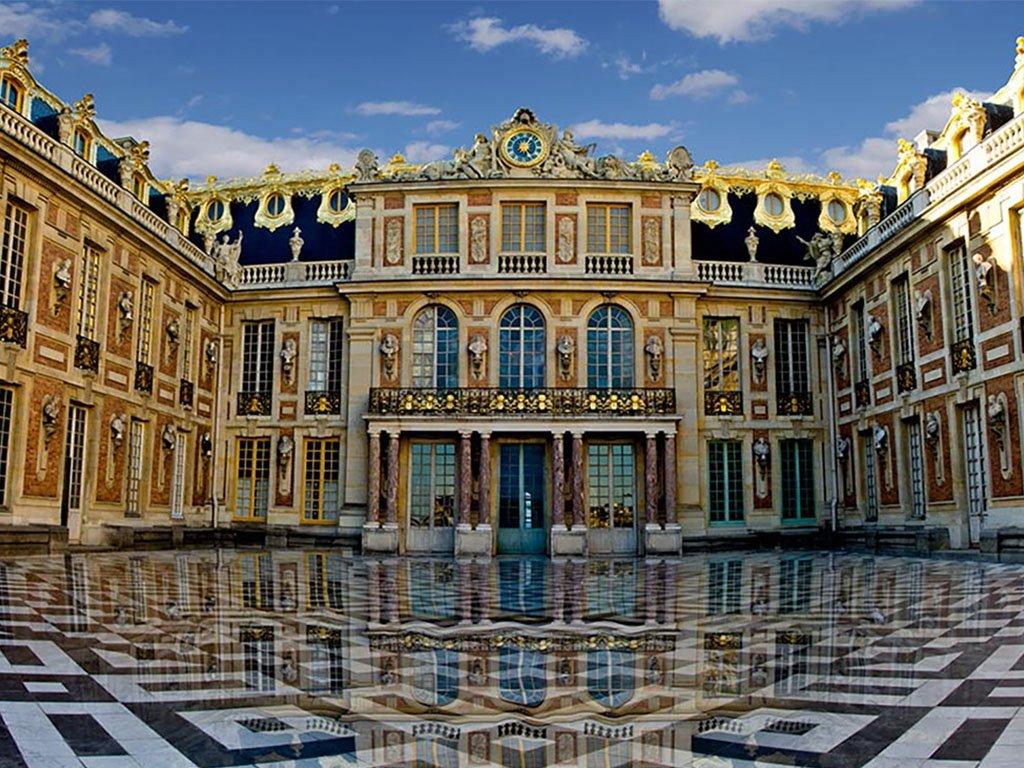 фасад Версаля