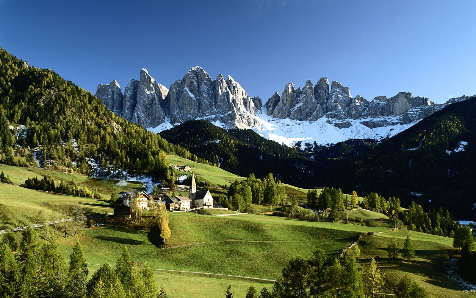Veduta delle Dolomiti, Funes ? Villnoss, Bolzano (Dolomites and Green Villnoss Valley)