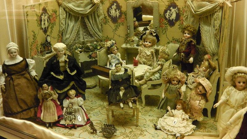 Парижский музей кукол