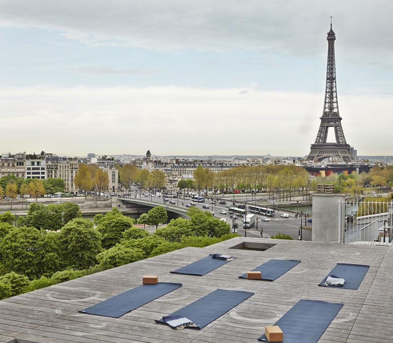 йога в Париже