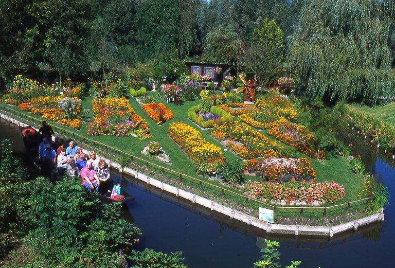 Плавающие сады Амьена