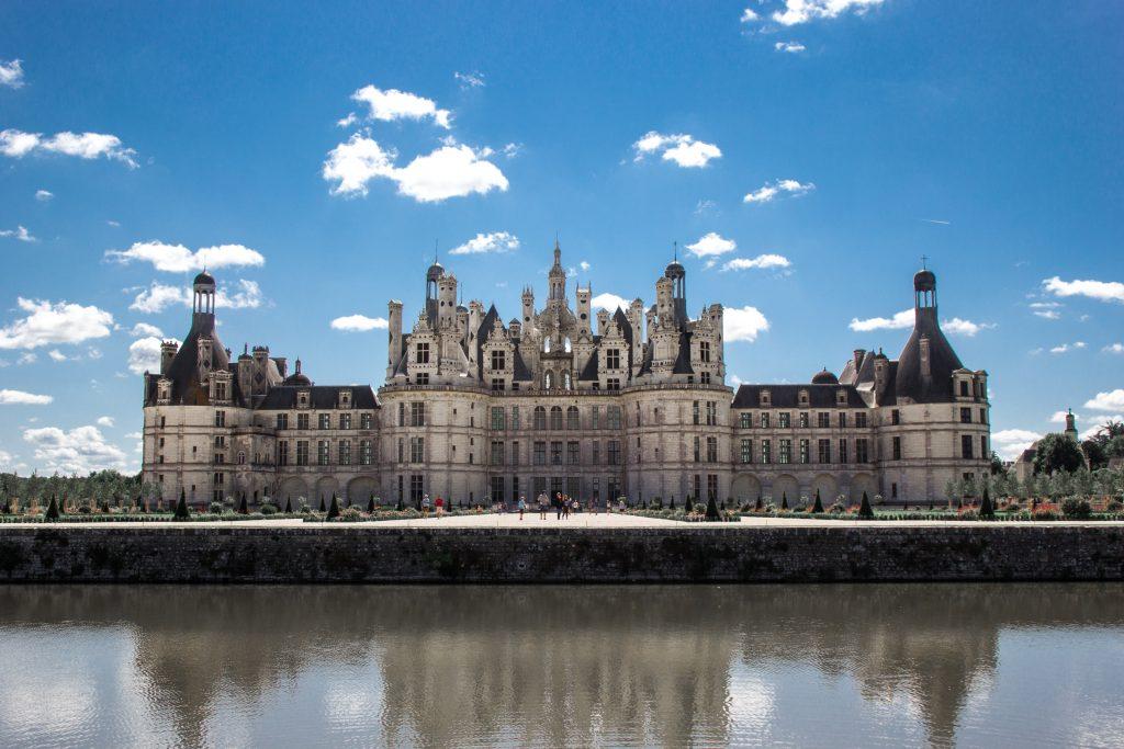 Экскурсионный тур в Мон-Сан-Мишель и замки Луары